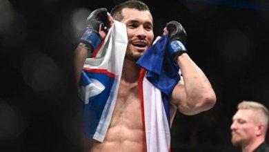 Photo of Махмуд Муродов выиграл свой третий бой в UFC техническим нокаутом — видео