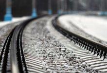 Photo of Мужчина попал под поезд: Ему оторвало голову