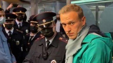Photo of СМИ: сотрудники ФБК бегут после задержания Навального