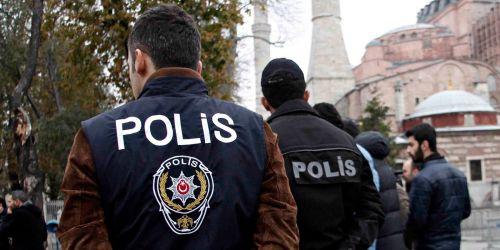 Photo of В Турции преступник с ножом напал на троих россиян