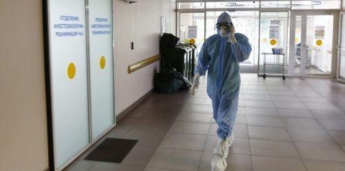 Photo of Врач предупредил о риске заразиться коронавирусом, участвуя в массовых мероприятиях