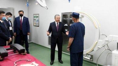 Photo of Лидер Узбекистана осмотрел медклинику в Самарканде