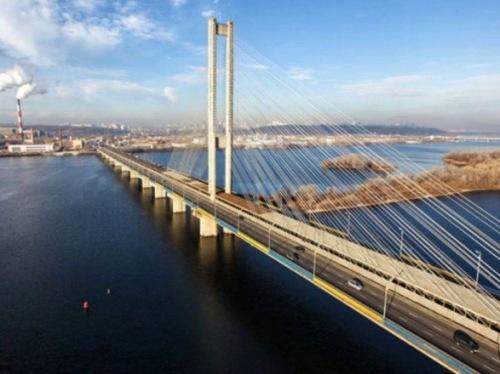Photo of Пробки в столице: движение Северным и Дарницким мостами затруднено