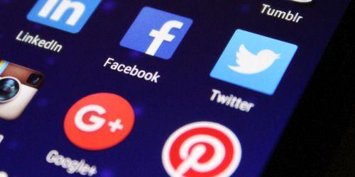 Photo of Twitter, Google и Facebook грозят новые штрафы за отказ удалять запрещенную информацию