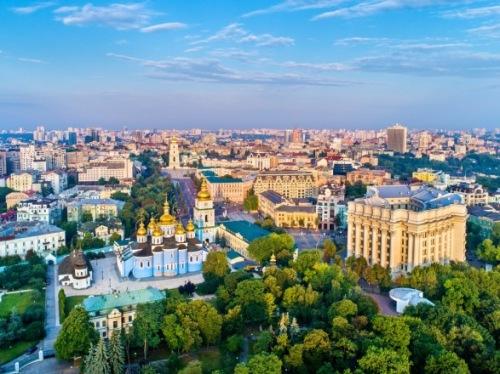 Photo of В Киеве стало больше активных больных COVID-19, умерли еще 16 человек