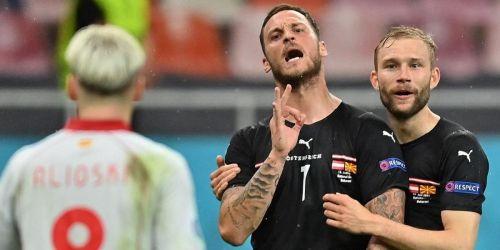 Photo of УЕФА открыл расследование после выкриков форварда сборной Австрии, что он может «купить всю Македонию»