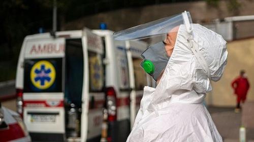 Photo of За сутки COVID-19 заболели более 200 жителей Киева, 5 человек умерли