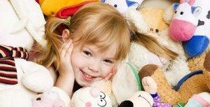 Детские игрушки: советы родителям, которые решили порадовать свое чадо