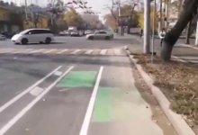Photo of Автолюбители возмутились новой велодорожкой в центре Алматы