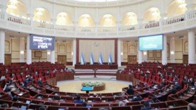 Photo of У президента Узбекистана появится свой нагрудный знак и штандарт